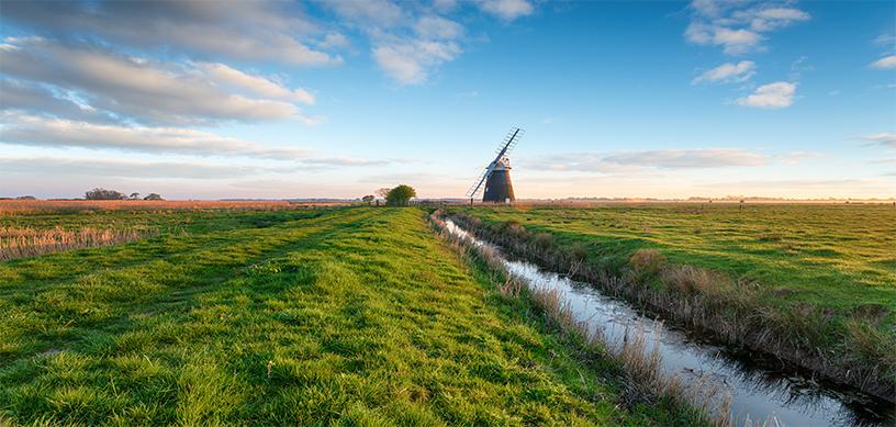 halvergate-windmill-CHS9UZY